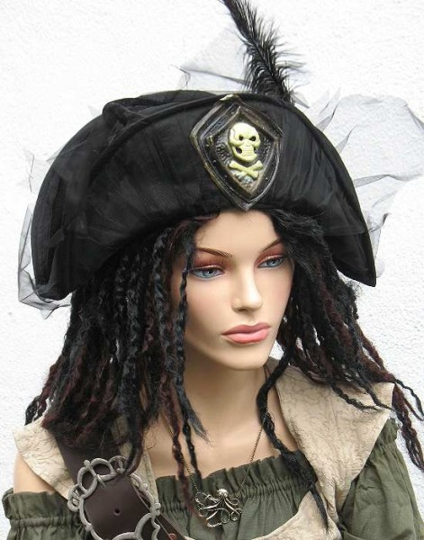 Piratenhut schwarze Witwe