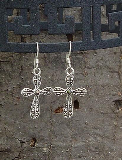 Ohrhänger Kreuz mit echten Markasitsteinen