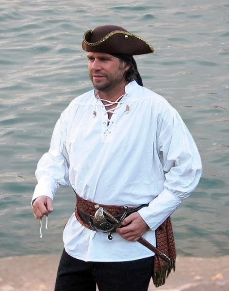 grobes Piratenhemd mit Schnürung
