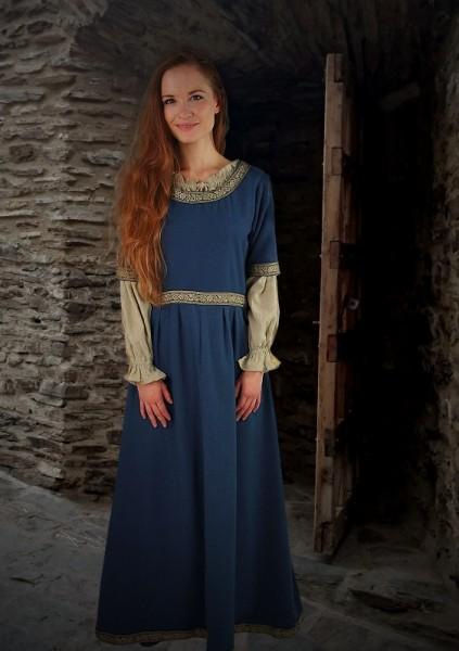 schlichtes Mittelalterkleid blau