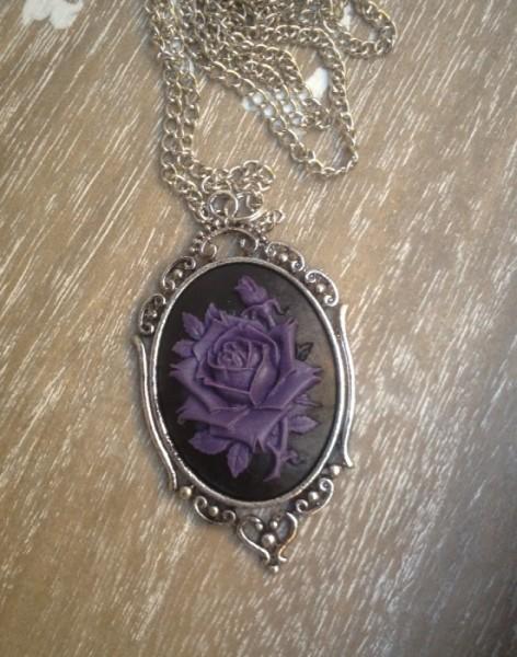 Halskette lila Rose