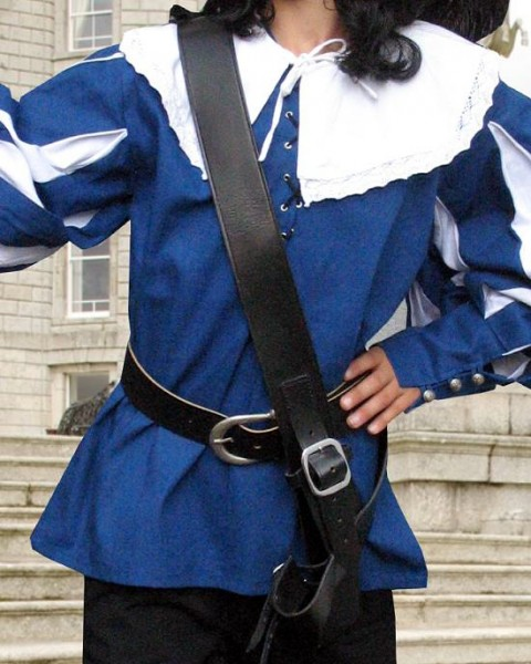 Schultergurt für Schwerter aus Leder