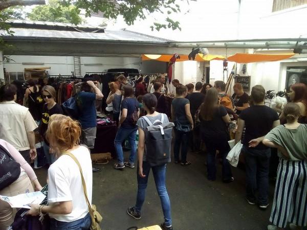 flohmarkt-kostuemtruhe-2018