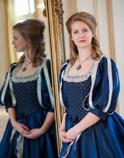 Blaues Renaissance Kleid