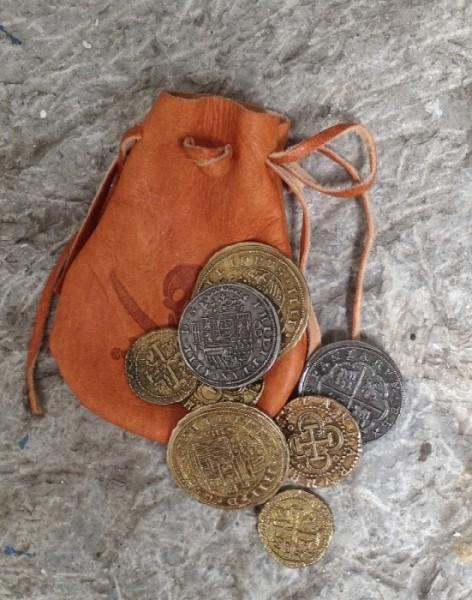 Beutel mit spanischen Reales Münzen