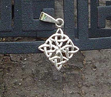 Anhänger silber Celtic Erdsymbol