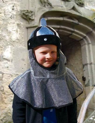 Kinder Ritterhaube mit Helm