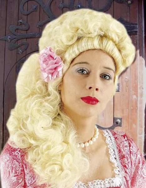 Hochfrisur Blond Renaissance