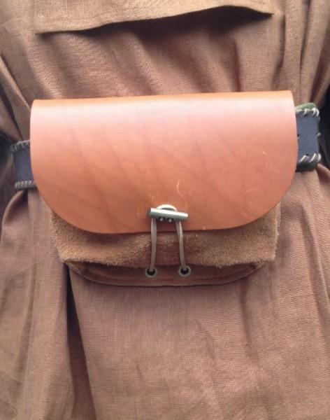 Tasche Robin robust mit Riemen