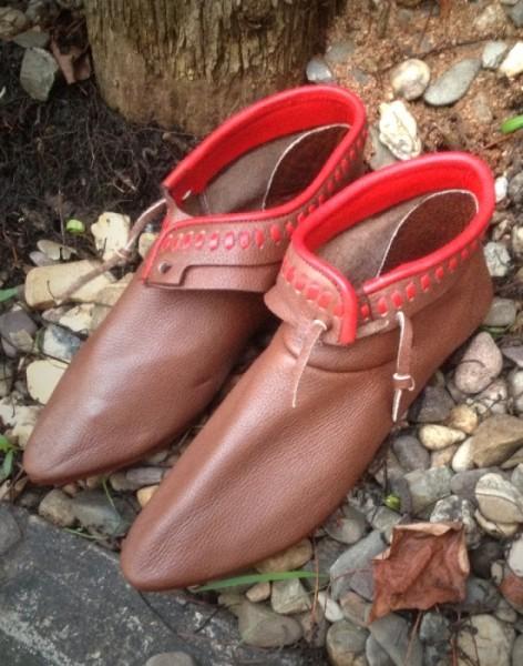 Mittelalter Schuhe 13Jh.