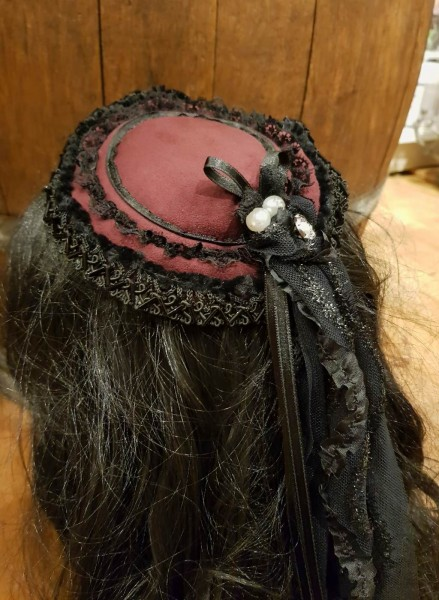 Kopfbedeckung Haarschmuck 19.Jhd.Kitty