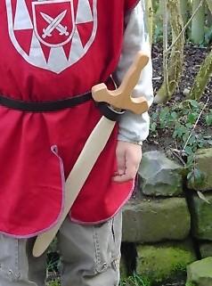 Gothisches Ritterschwert aus Buchenholz mit Griff