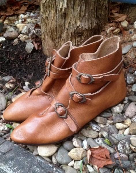 Mittelalter Schuhe Schnallen