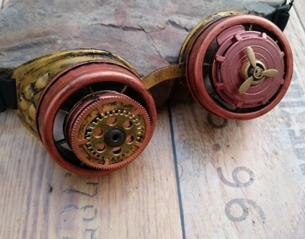Steampunk Goggles Propeller